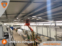 2021-08-24-limpeza-nave-industrial-04